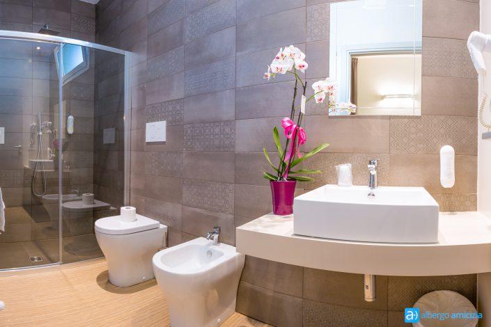 Il bagno della camera Smile