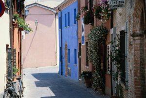 Nel Borgo San Giuliano sorgono le case antiche dei pescatori